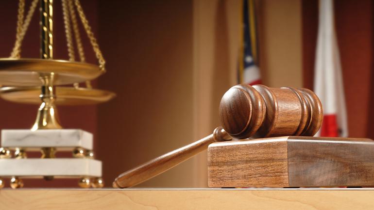 الأخلاق والقانون
