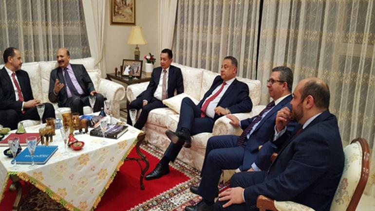 د. أحمد عبادي يلتقي رئيس اللجنة المشتركة للشؤون الخارجية والدفاع والتجارة بمجلس الشيوخ الأسترالي