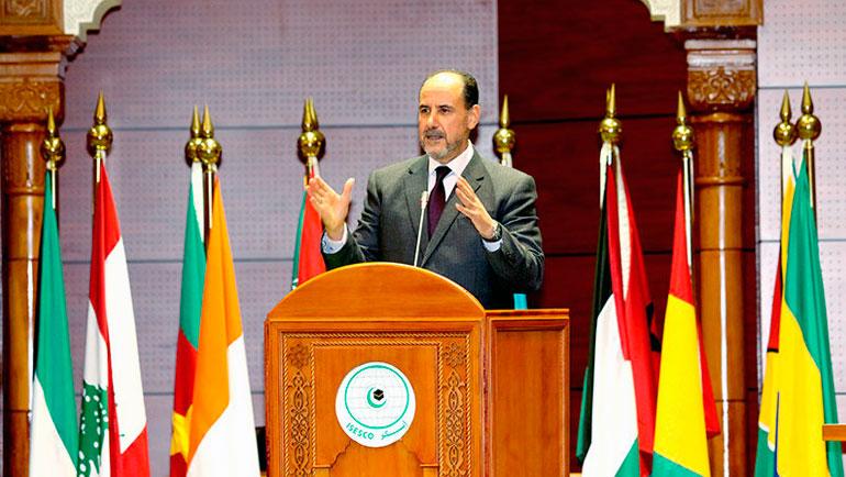 محاضرة الدكتور أحمد عبادي في موضوع: من حقوق الإنسان إلى حقوق الإنسانية